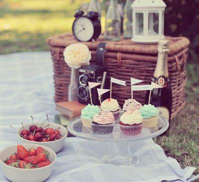 Un'engagement session a tema picnic vintage: Chiara e Flavio