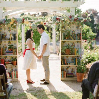 Un matrimonio a tema libri