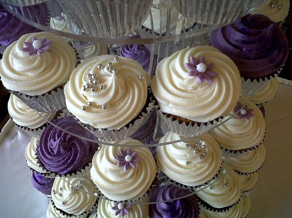 Wedding cupcakes  Wedding Wonderland