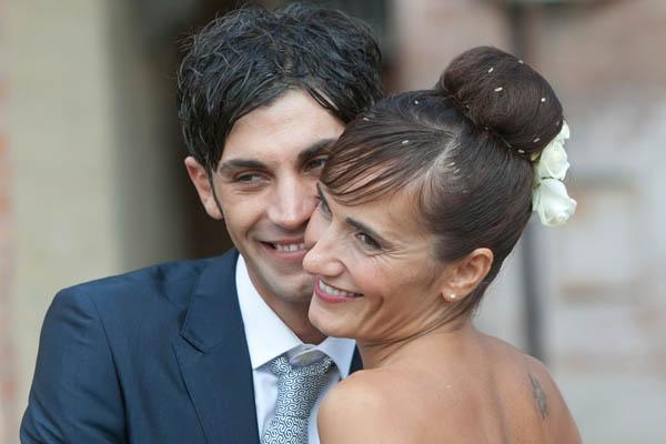 un matrimonio rilassato con uno sposo in converse (29)