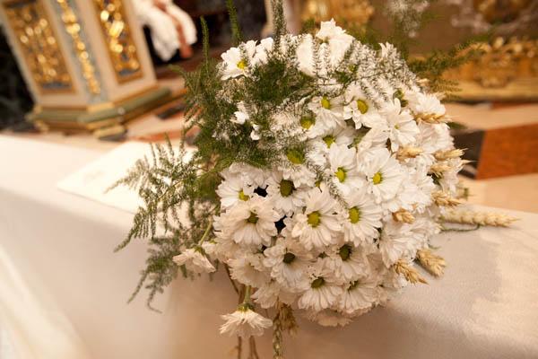 Bouquet Sposa Lavanda E Margherite.Matrimonio Country Vintage