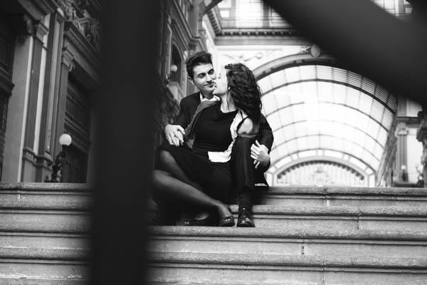 Un engagement shoot ispirato ai film noir anni '40: Roberta e Yuri