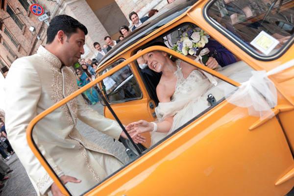 uno sposo indiano e una sposa in abito corto - aberrazioni cromatiche-15