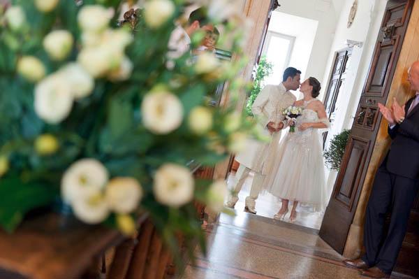 uno sposo indiano e una sposa in abito corto - aberrazioni cromatiche-16