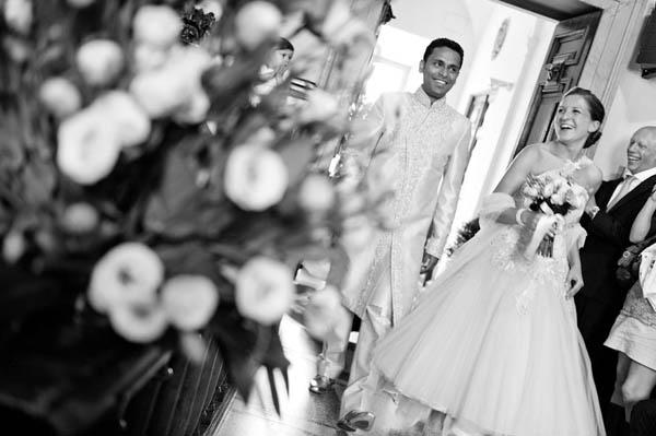 uno sposo indiano e una sposa in abito corto - aberrazioni cromatiche-17