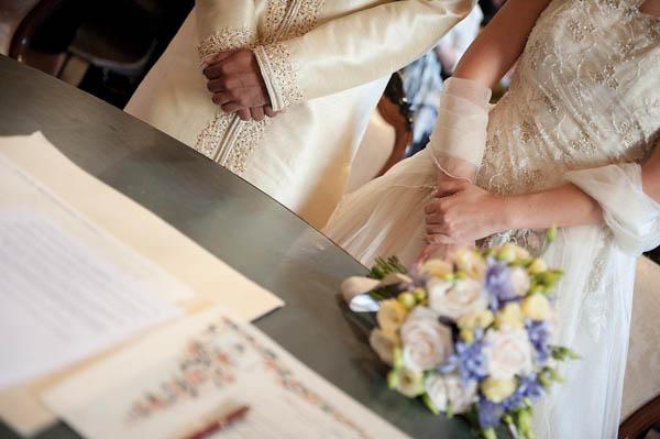 uno sposo indiano e una sposa in abito corto - aberrazioni cromatiche-20