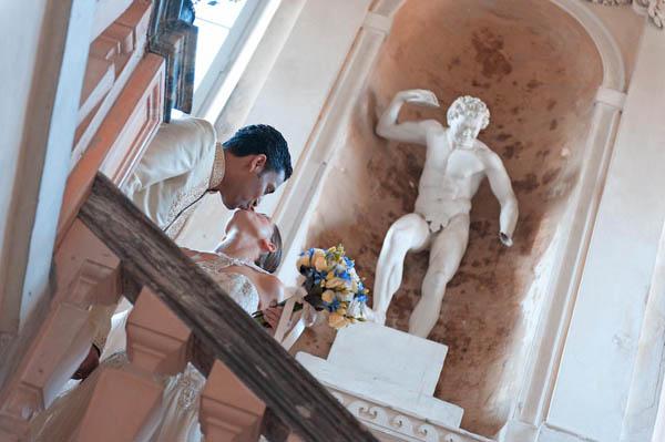 uno sposo indiano e una sposa in abito corto - aberrazioni cromatiche-22