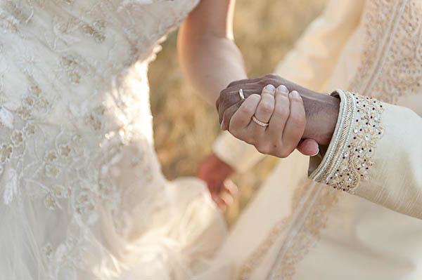 uno sposo indiano e una sposa in abito corto - aberrazioni cromatiche-25