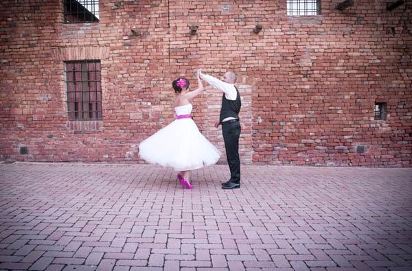 bfc37ffbefef matrimonio fucsia cremona - infraordinario-28. Abito da sposa  Ughetta ...