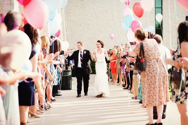 cerimonia rilascio palloncini