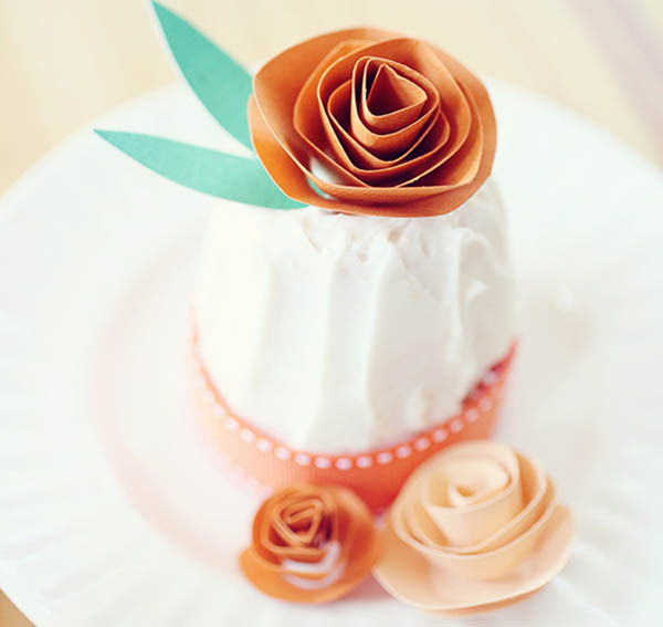 cake topper fiore di carta