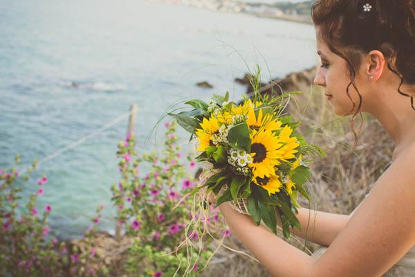 Matrimonio Stile Girasoli : Matrimonio sul mare con girasoli