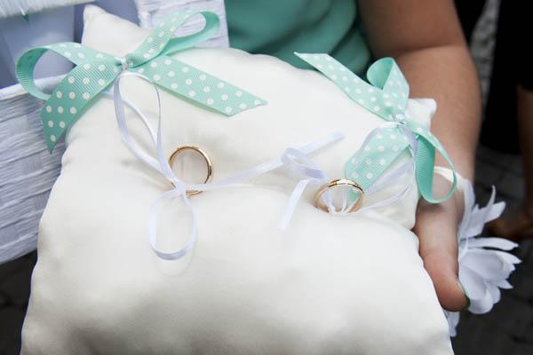 Azzurro Per Matrimonio : Un bouquet di bottoni per matrimonio azzurro tiffany