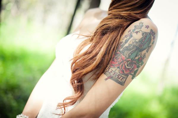 sposa tatuata - aberrazioni cromatiche-23