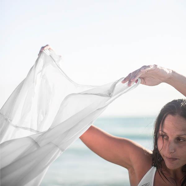 trash the dress sulla spiaggia - love folio-11