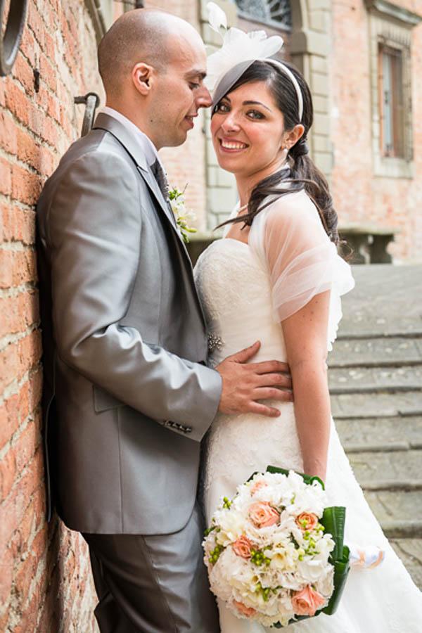 abito da sposa pronovias, fascinator vintage