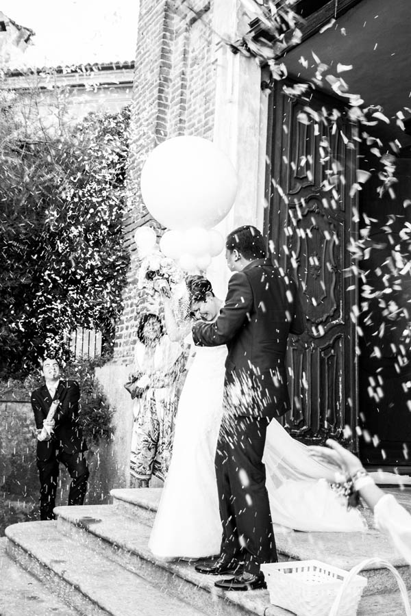Dj Booth For Sale >> Matrimonio vintage con peonie e gabbiette