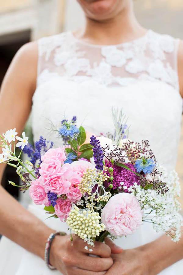 Bouquet Sposa Fiori Di Campo.Matrimonio Eco Friendly Con Erbe Aromatiche
