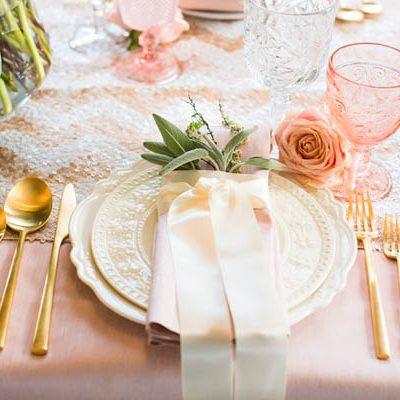 {Inspiration shoot} Rosa e oro per un matrimonio romantico