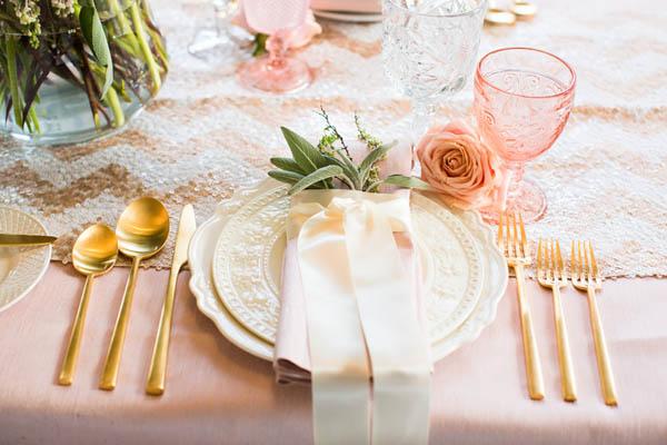 Matrimonio Tema Romantico : Inspiration shoot rosa e oro per un matrimonio romantico