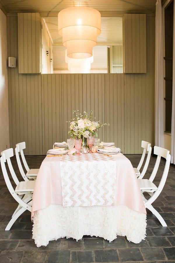 Matrimonio Tema Oro E Rosa : Inspiration shoot rosa e oro per un matrimonio romantico