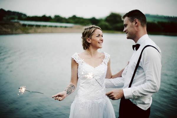 matrimonio e candeline scintillanti