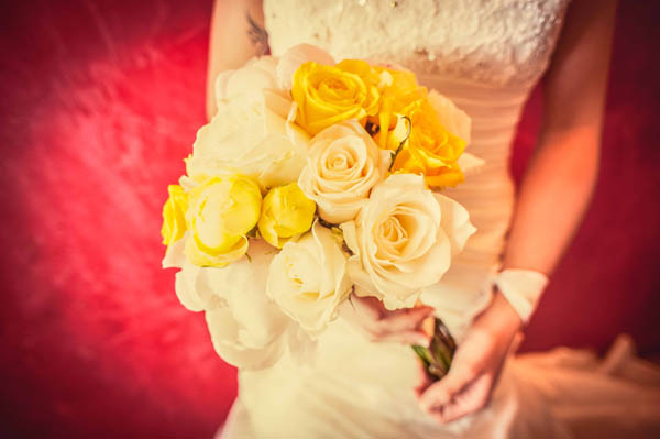 bouquet rose bianche e gialle