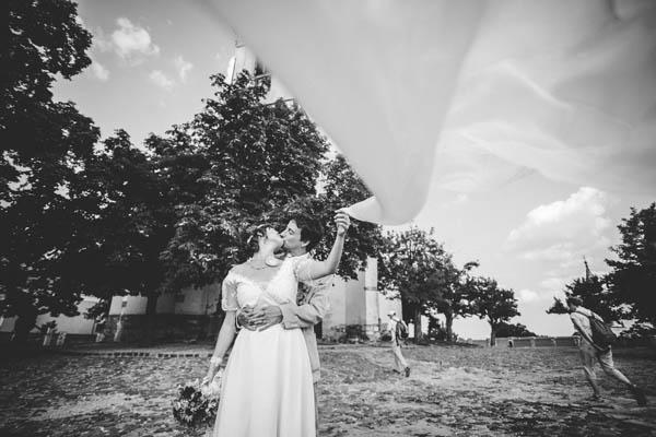 Matrimonio Con Tema I Girasoli : Matrimonio ungherese con gatti e girasoli