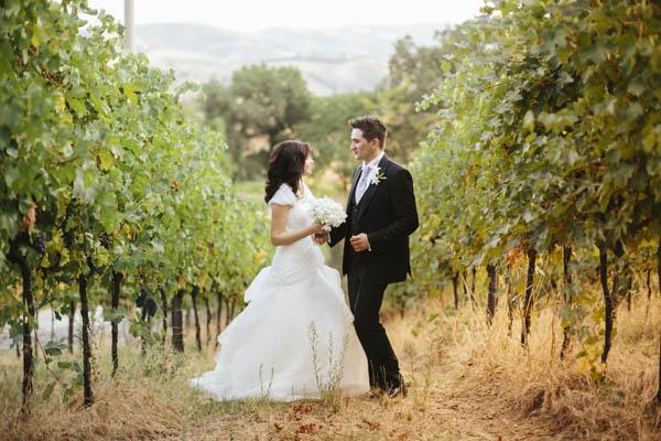 Matrimonio In Bianco : Un matrimonio bianco e blu nella campagna bolognese: chiara e