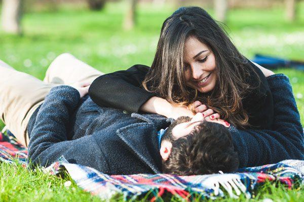 Un'engagement session invernale nel parco: Gaia e Francesco