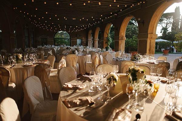 Matrimonio Country Chic Tavoli : Un matrimonio country chic nei colli del prosecco