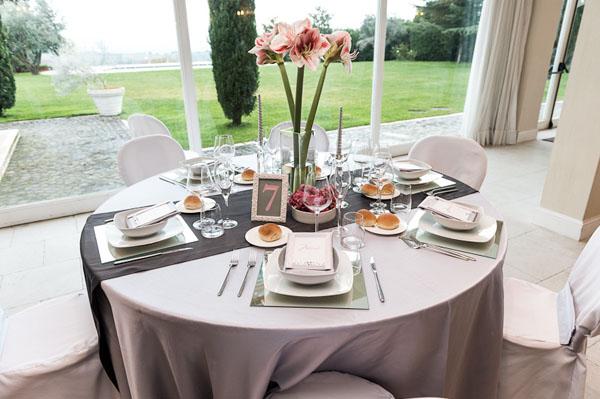 Matrimonio In Rosa E Bianco : Matrimonio romantico in rosa e grigio perla