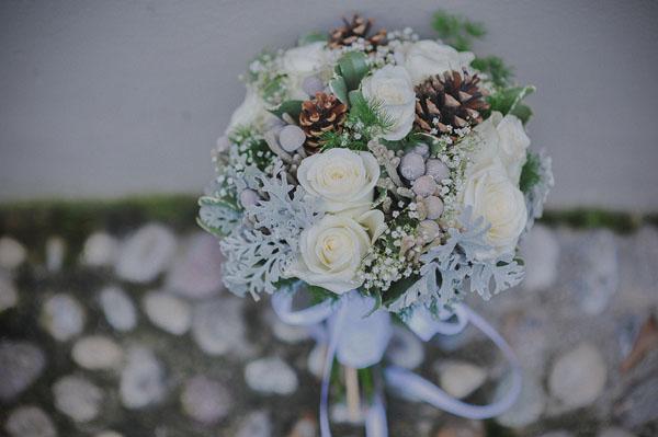 bouquet invernale azzurro polvere