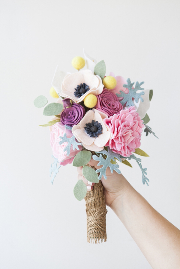 bouquet di feltro fai da te