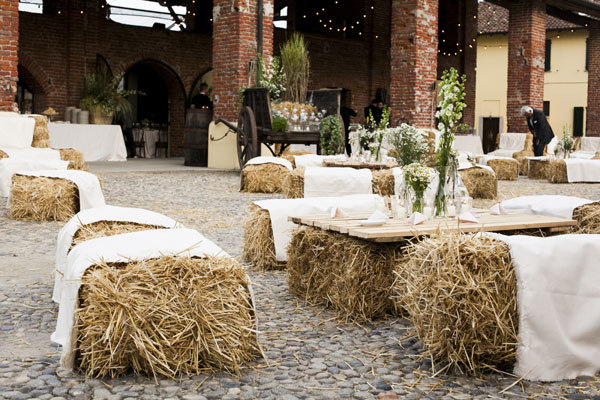 Matrimonio Country Chic Lombardia : Un matrimonio country chic a cascina lisone
