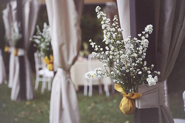 Fiori Matrimonio Rustico : Un matrimonio handmade e una sposa con la treccia alice