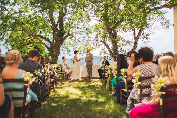 Matrimonio In Una Serra Toscana : Una cerimonia all aperto in toscana mariann e oivind