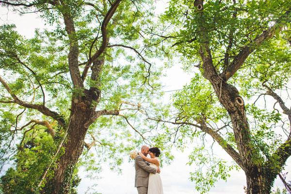 Matrimonio Civile All Aperto Toscana : Una cerimonia all aperto in toscana mariann e oivind