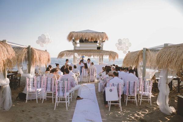 Matrimonio Sulla Spiaggia Toscana : Un matrimonio sulla spiaggia a forte dei marmi monica e