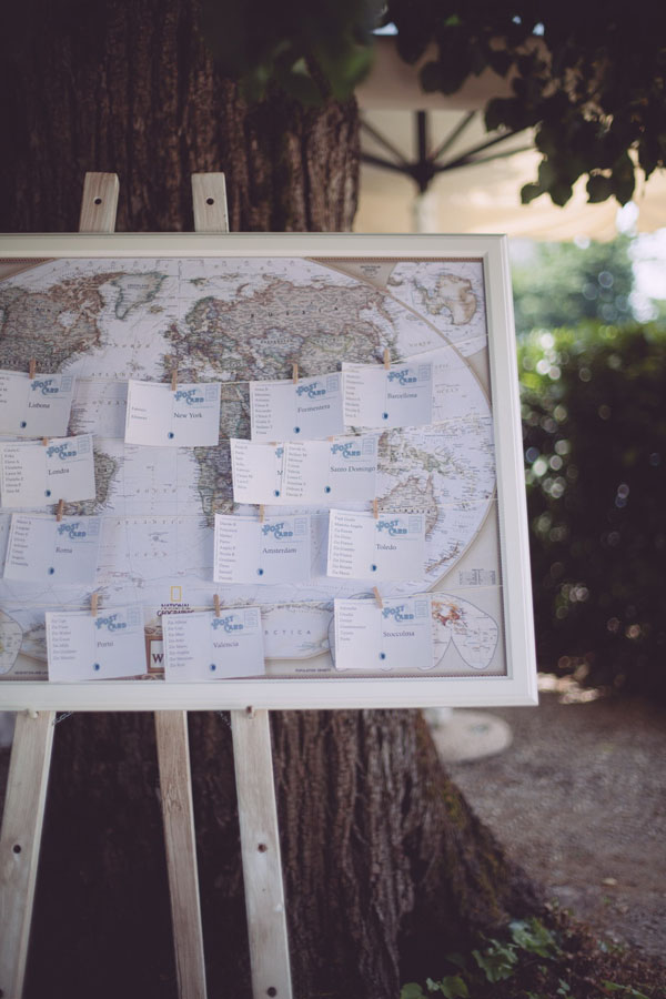 tableau de mariage a tema viaggi con mappa