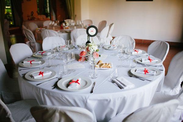 Matrimonio Tema Tavoli : Un matrimonio ispirato alla musica e agli anni anna