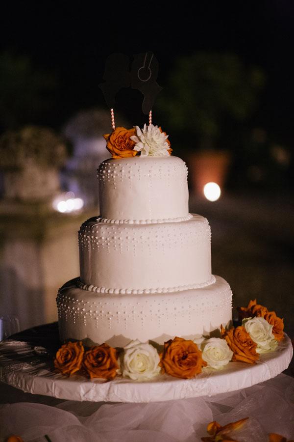 torta bianca e corallo