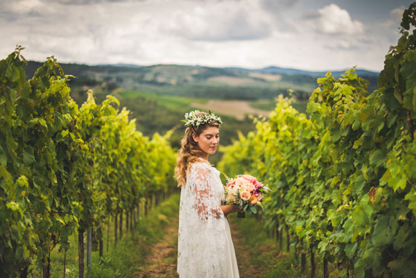 Matrimonio Bosco Toscana : Matrimonio bohemien in toscana