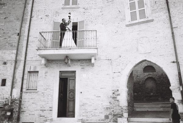 matrimonio romantico bianco e fucsia San Benedetto del Tronto | francescafrancesca-01