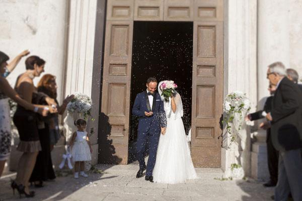 matrimonio romantico bianco e fucsia San Benedetto del Tronto | francescafrancesca-11