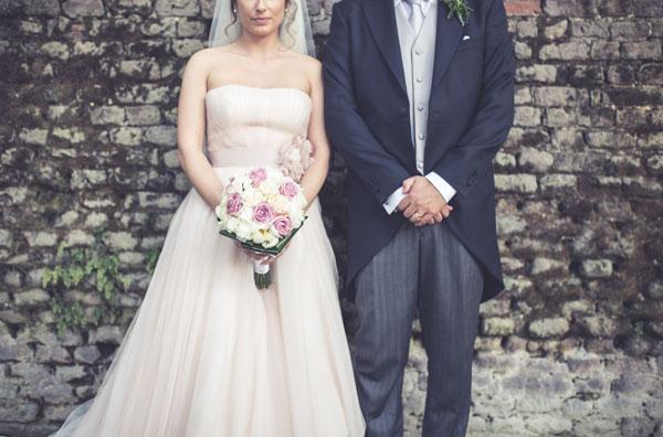 outlet store 22446 b4de3 Un abito da sposa rosa cipria per un matrimonio vintage ...
