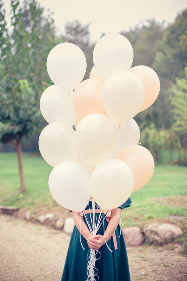 engagement session con palloncini