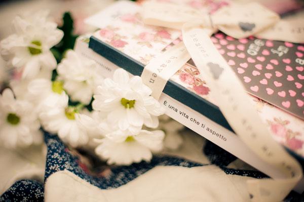 engagement session con libri