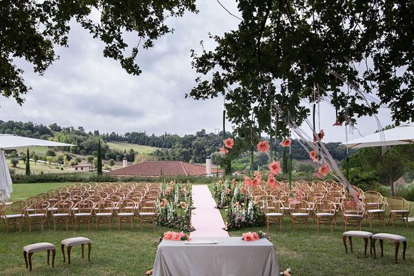 cerimonia all'aperto tenuta la tacita