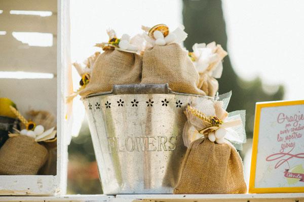 Matrimonio Country Chic Girasoli : Matrimonio country chic con girasoli e limoni